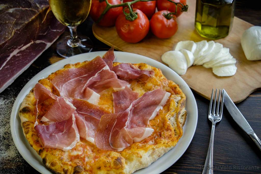 ArVolo Pizza rossa Prosciutto Crudo