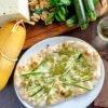 Pinsa pesto di zucchine provola e zucchine