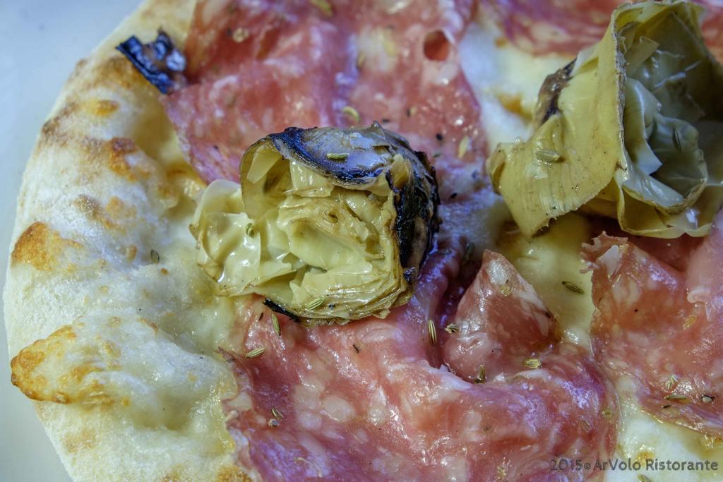 ArVolo Pinsa finocchiona toscana e carciofini arrosto sott'olio