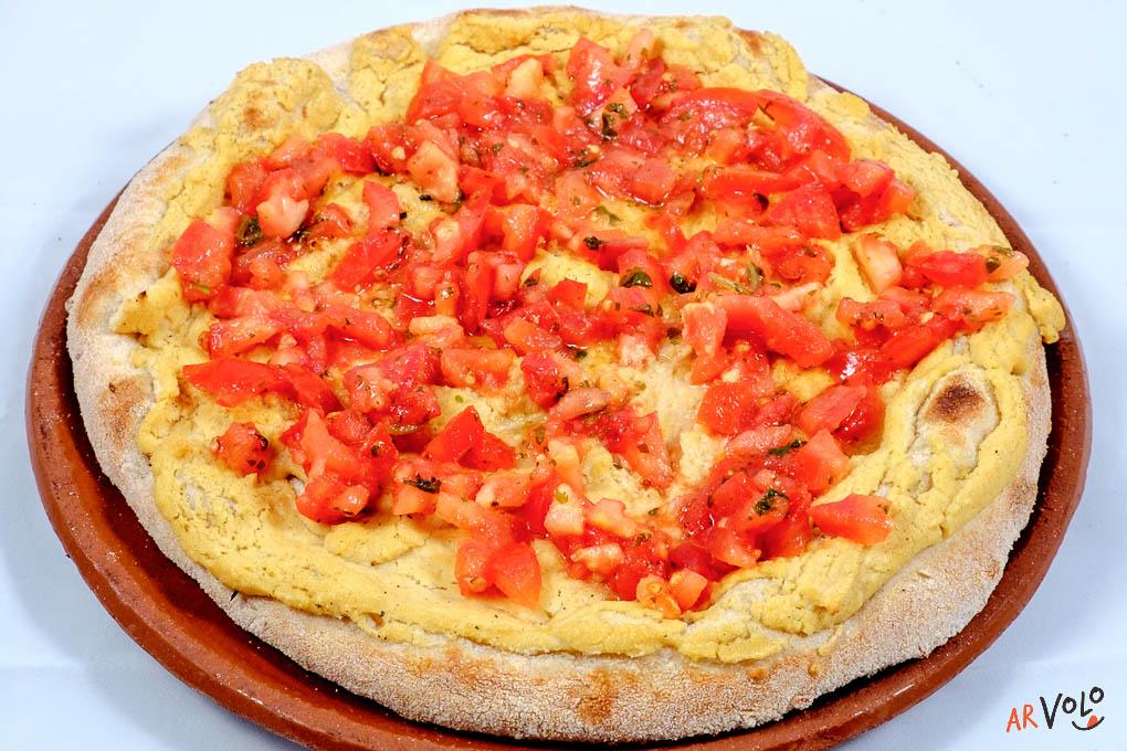 ArVolo Focaccia vegana Crema di Ceci (HUMUS) e Pomodoro Fresco