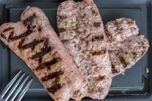 ArVolo Salsicce alla griglia con patatine fritte