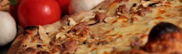 Pizza salsiccia e funghi