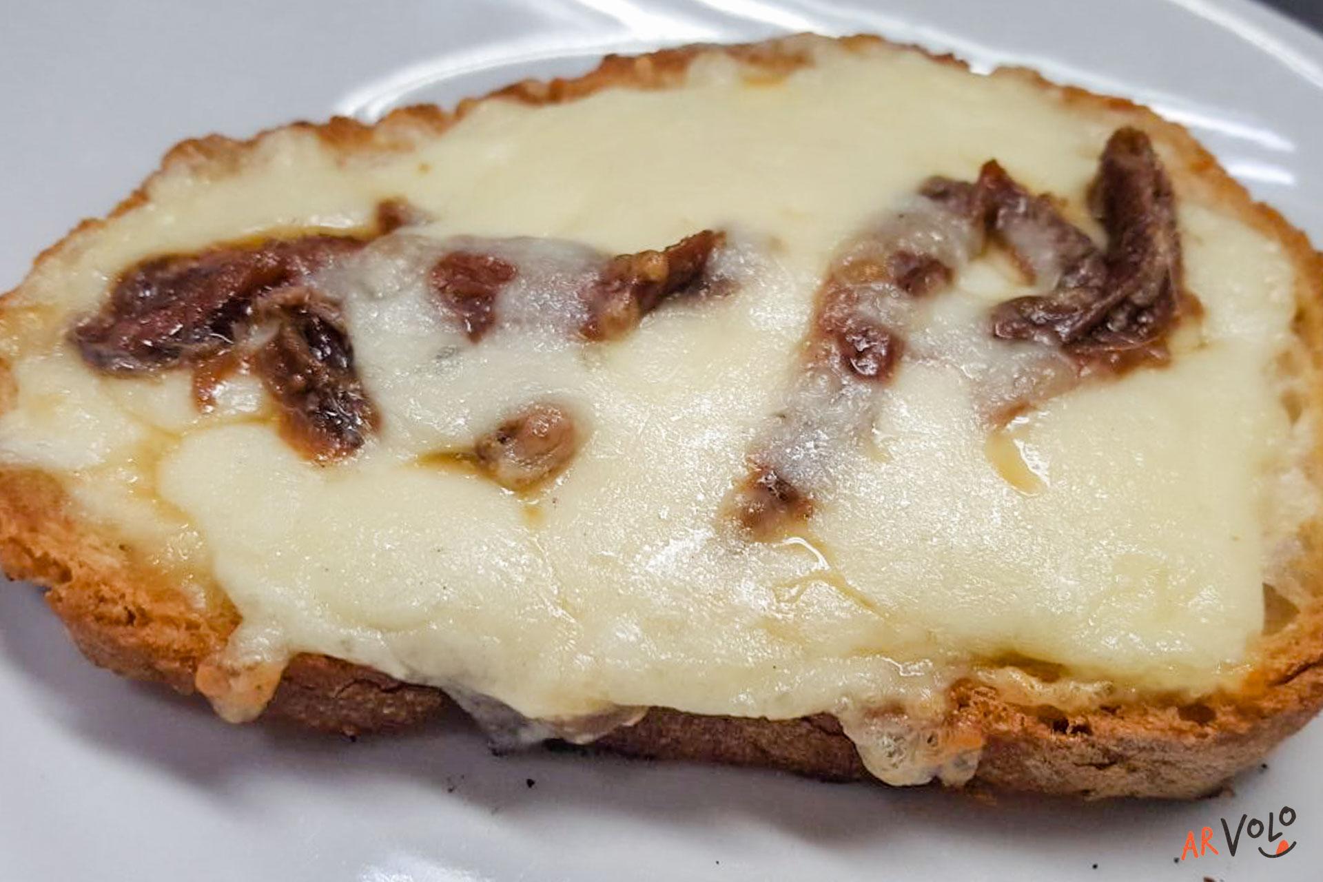 Bruschetta mozzarella ed alici
