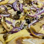 special pizza crema di ceci e funghi
